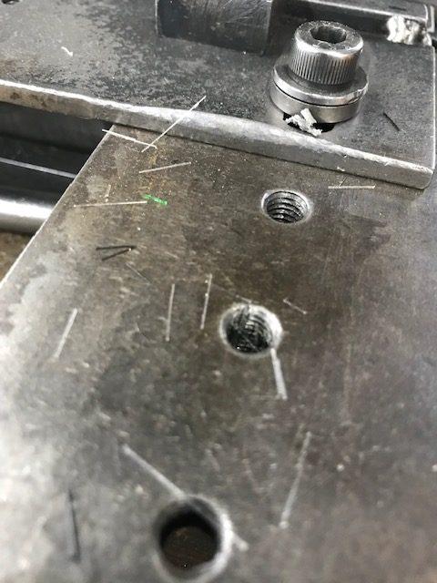 ねじ穴清掃用のイメージ1